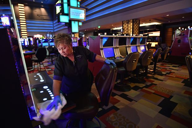 Grasp The Art Of Online Casino With These Eight Ideas